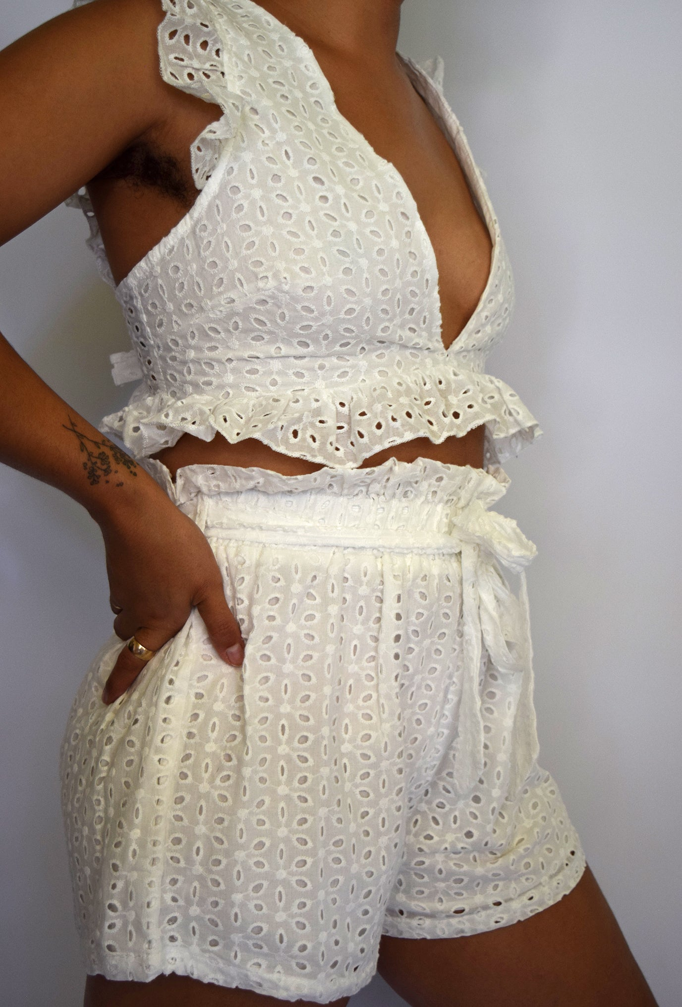 Cotton Eyelet Set