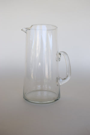 Minimal Glass Pouring Pitcher