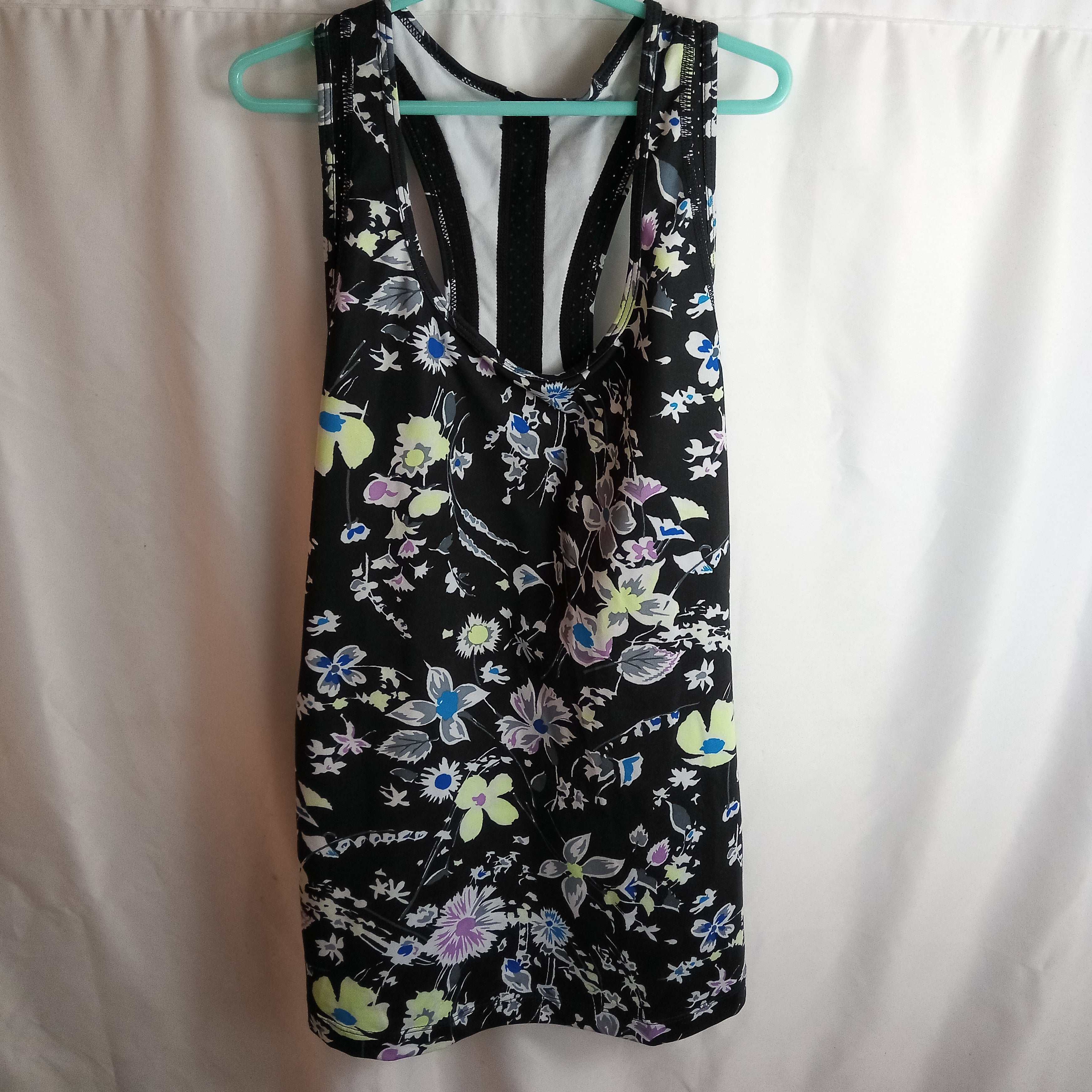 Pre-Loved Gapfit Vest Size XS Condition Good