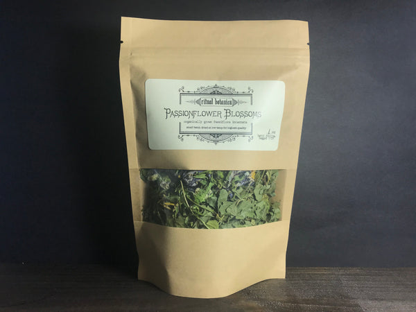 Passionflower blossoms // dried herb
