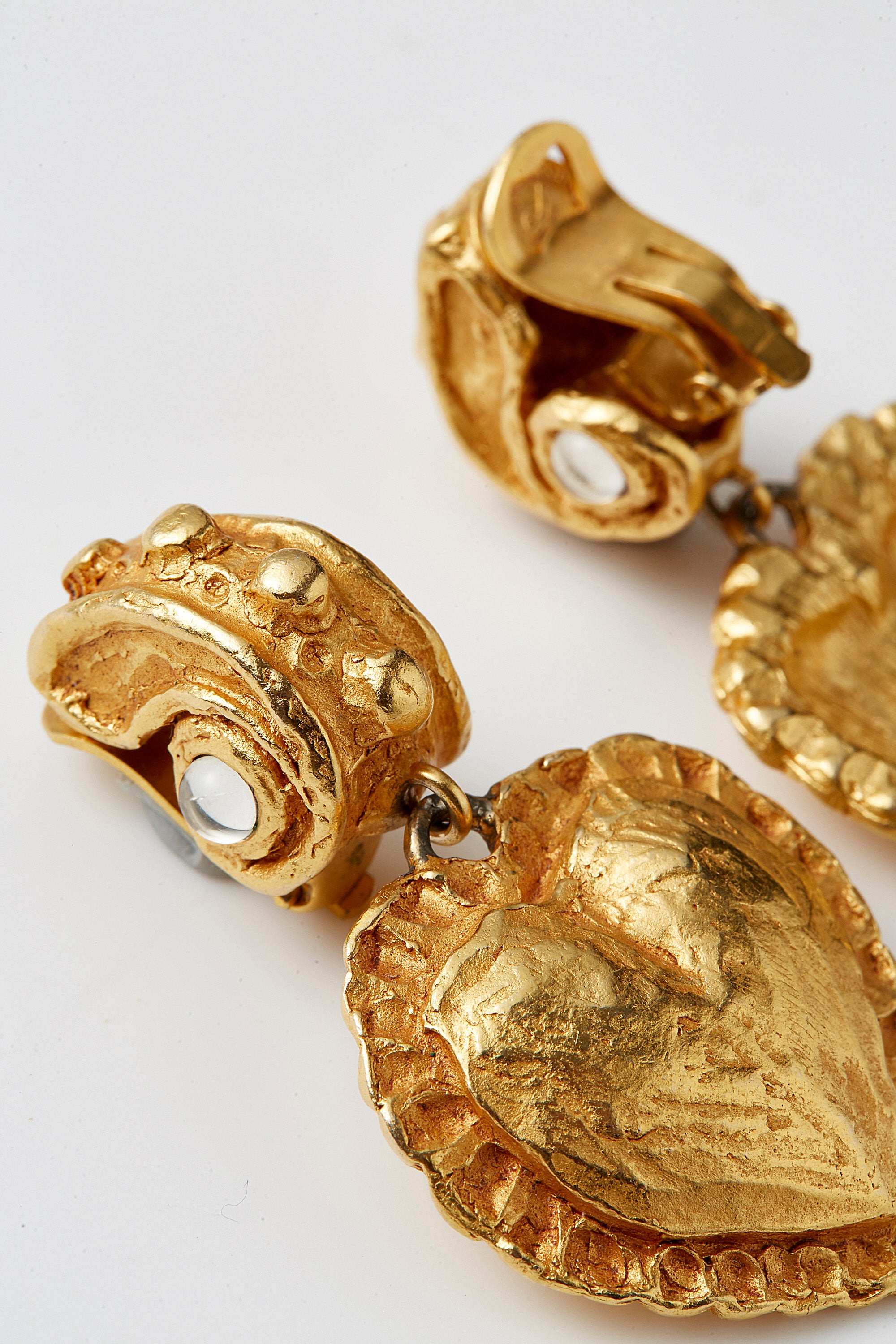 Christian Lacroix <br> 90's gold baroque heart dangle earrings