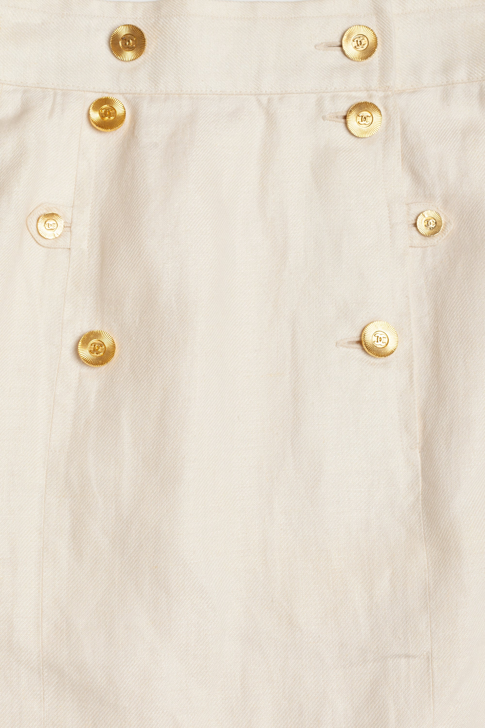 Chanel <br> 80's high-waisted linen skirt with logo buttons