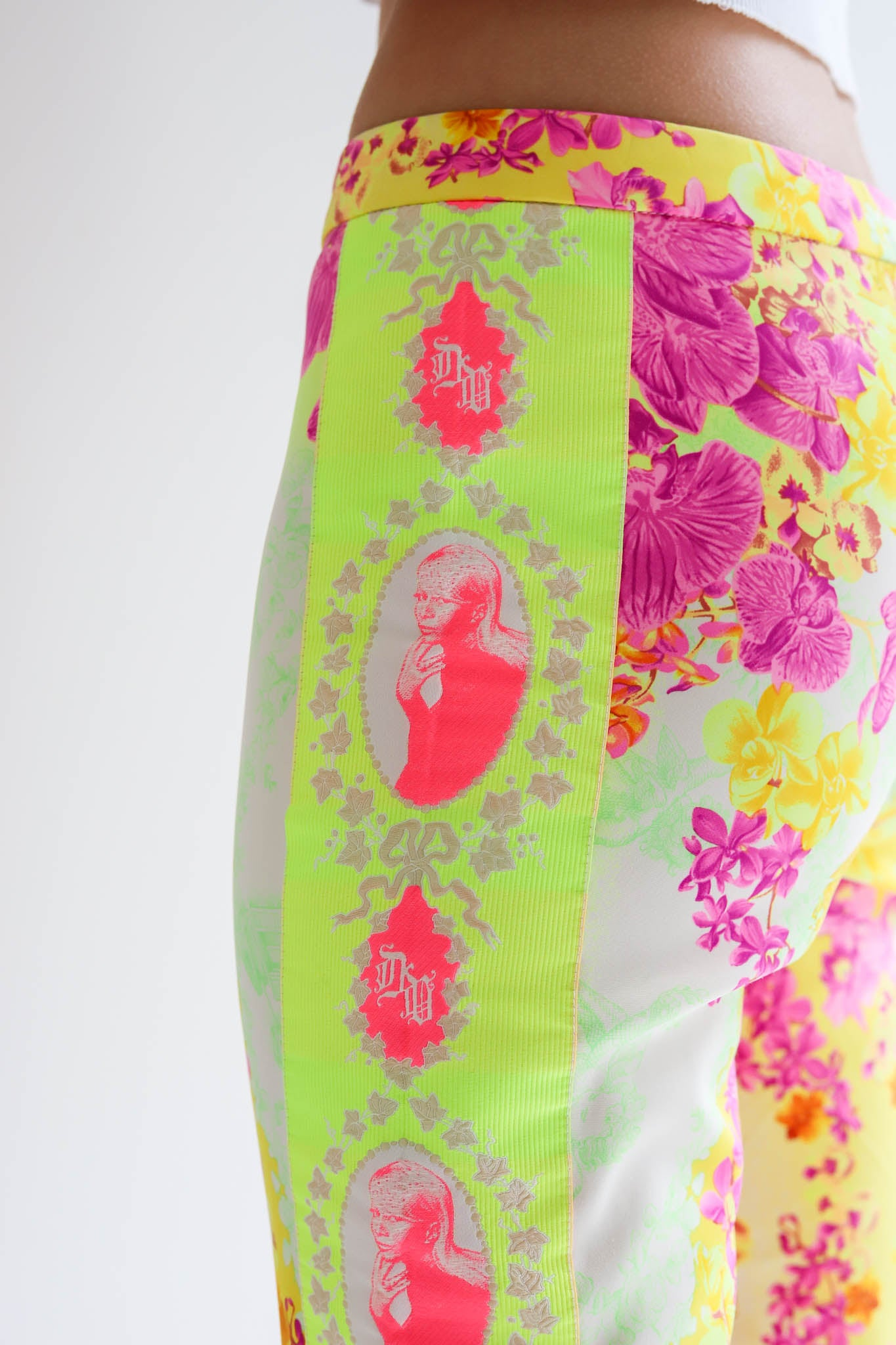 Versace <br> S/S 2004 neon tropical print pants