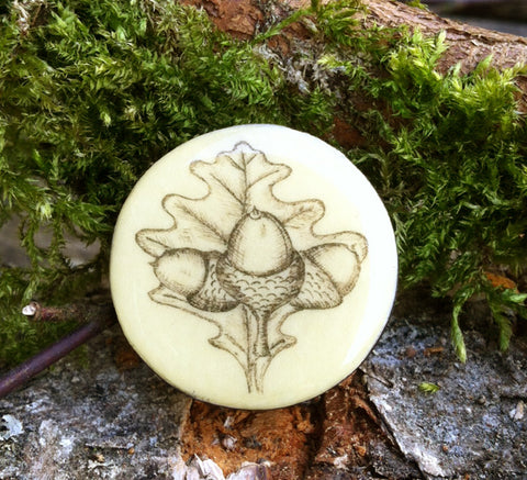 Cottage Garden Draughts Piece Brooch -  Acorn