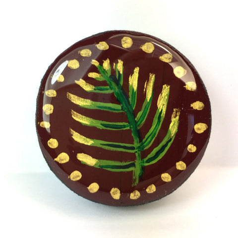 Woodlands Draughts Piece Brooch Burgundy