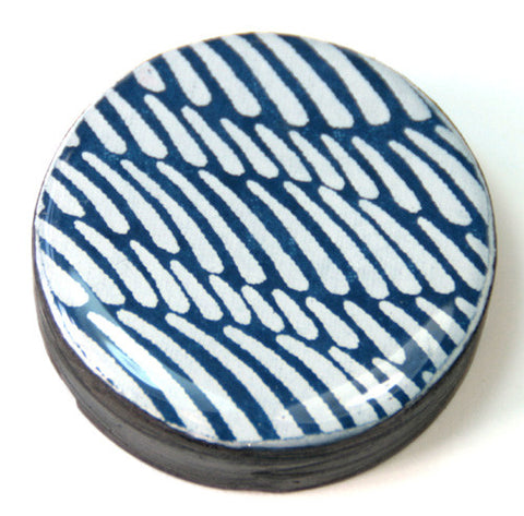 Draughts Piece Brooch - Wave