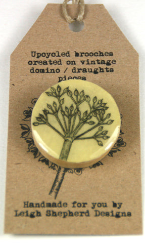 Cottage Garden Draughts Piece Brooch -  Parsley