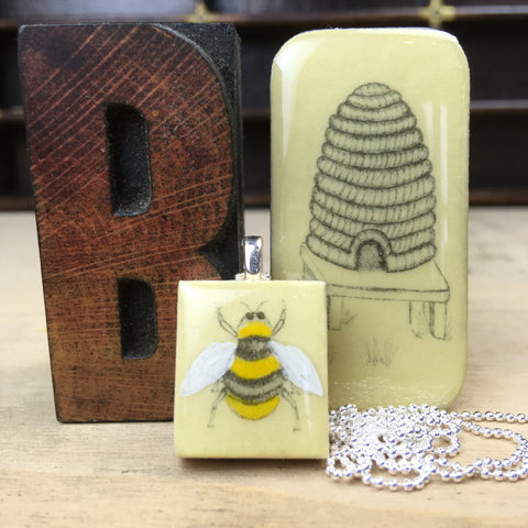 Cottage Garden Scrabble Tile Pendant and Teeny Tiny Tin - Bee