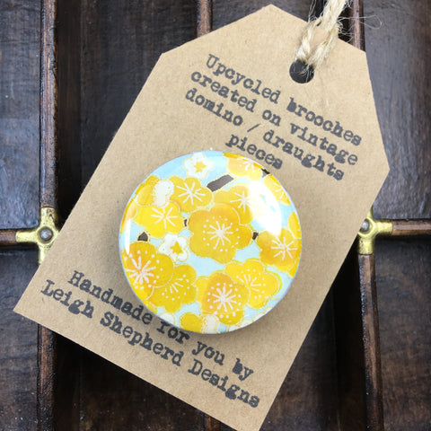 Draughts Piece Brooch - Sakura Yellow