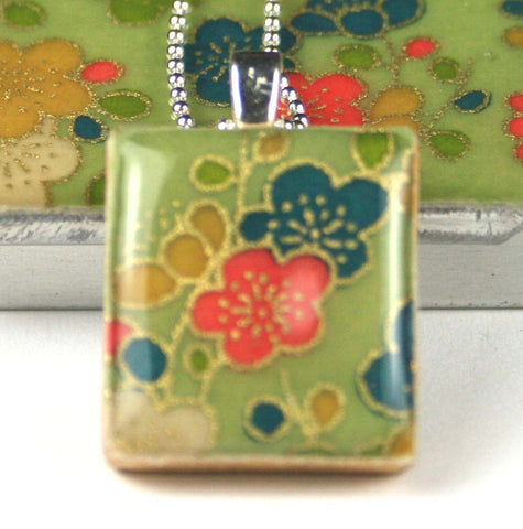 A Scrabble Tile Pendant and Teeny Tiny Tin Posy Green