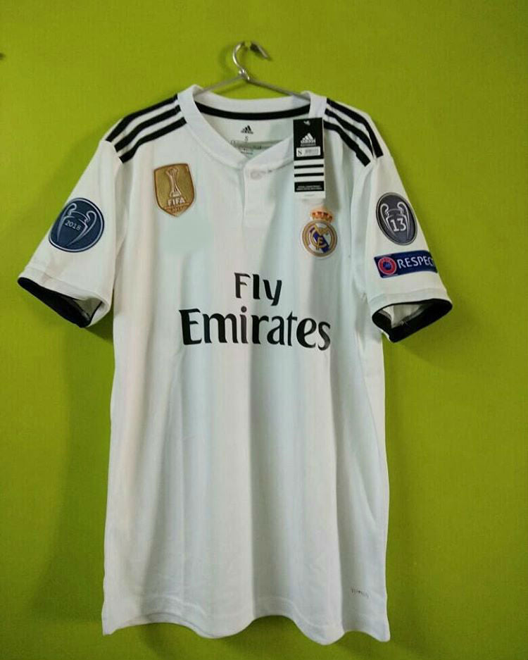 buy online 9d68f 7bf2a Marcelo Real Madrid Home Jersey 2018/19