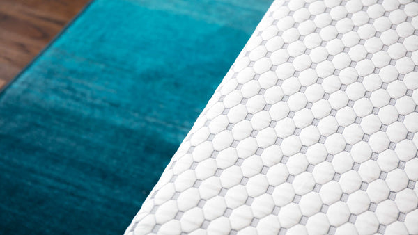What's Under the Sheets? The Best Cooling Technology Components in a Mattress