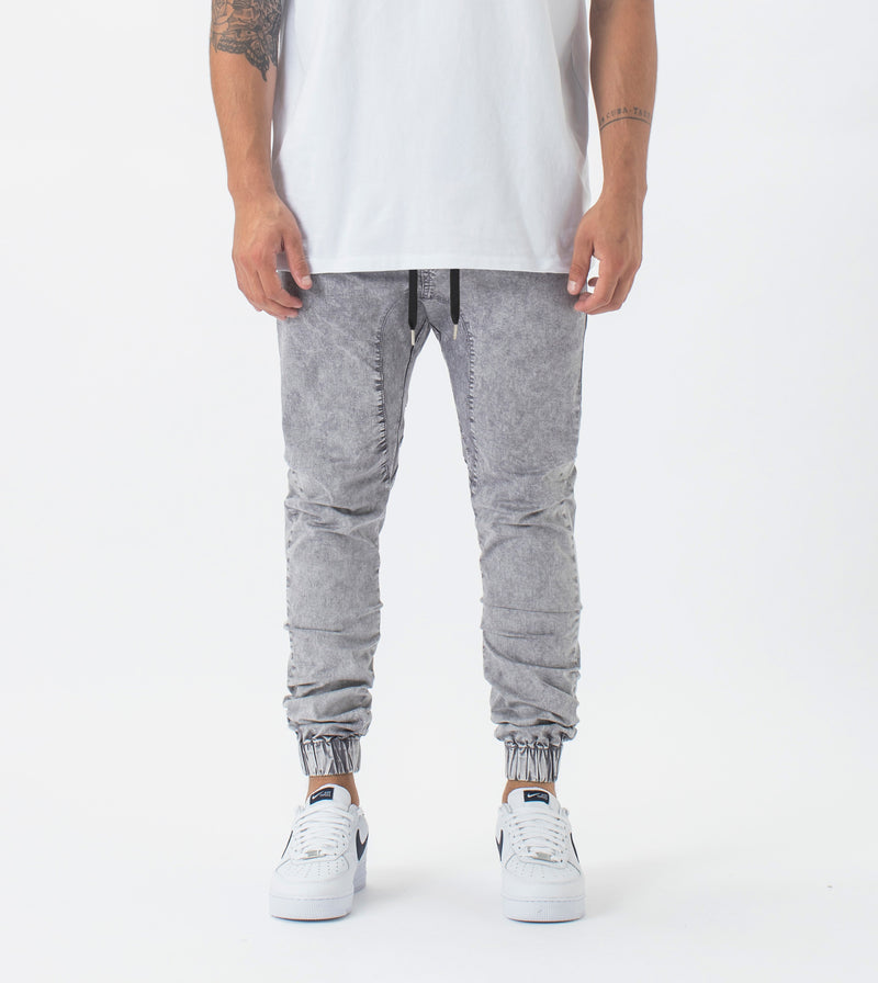 Sureshot Lightweight Jogger Rock Salt