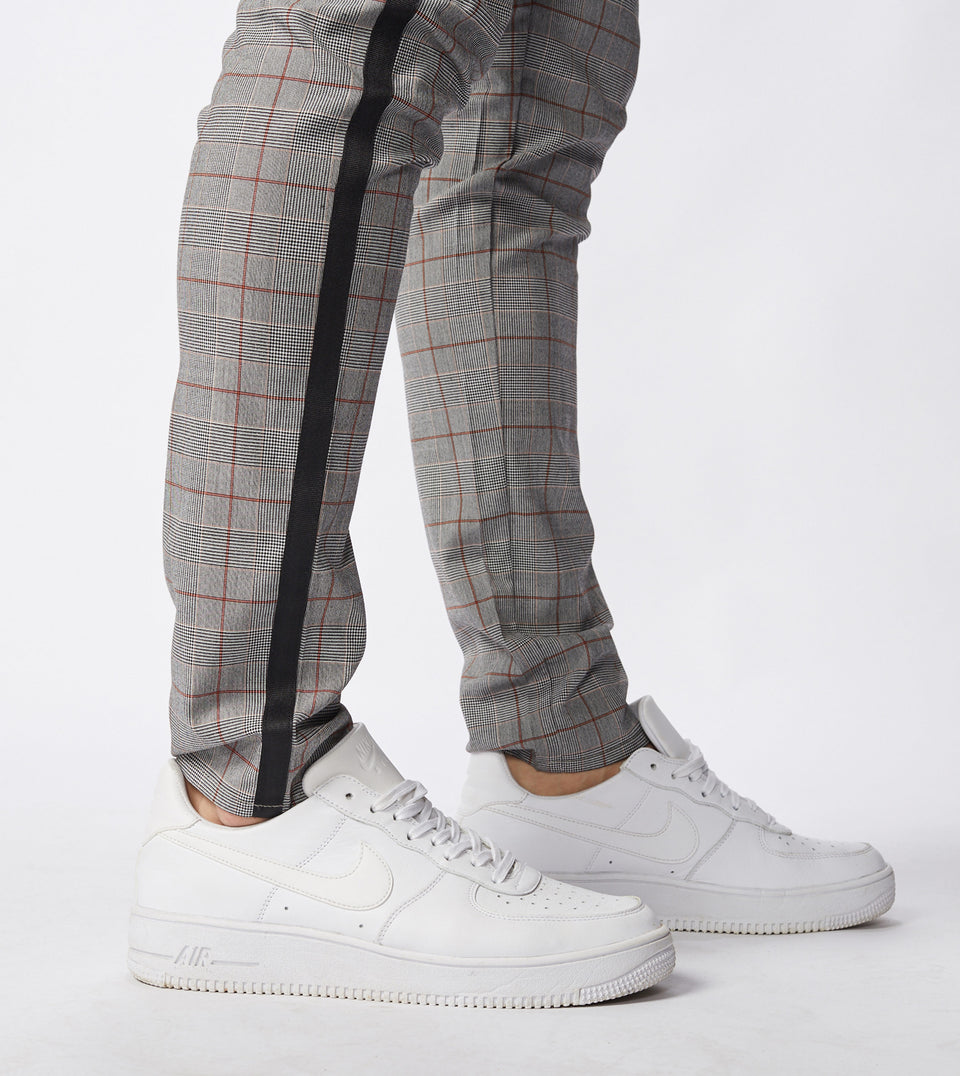 Check Sideline Snapshot Chino Grey Check