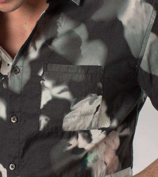 Floating Floral SS Shirt Black/White
