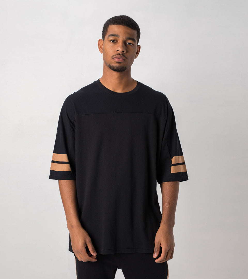 Quarterback Rugger Tee Black