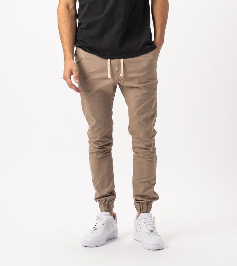 Sustainable Sureshot Jogger Sand