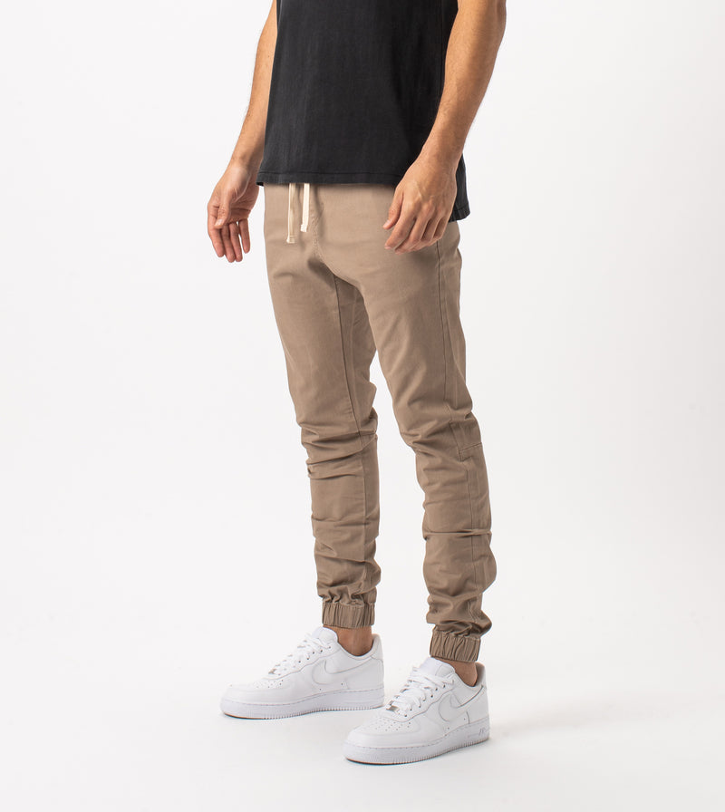 Sustainable Sureshot Jogger Sand - Sale