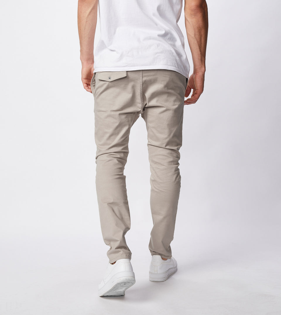 Sureshot Chino Almond