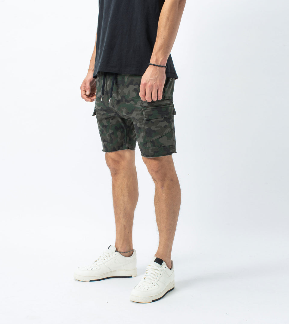 Sureshot Lightweight Cargo Short Dark Camo