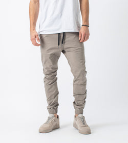 Sureshot Lightweight Jogger Almond