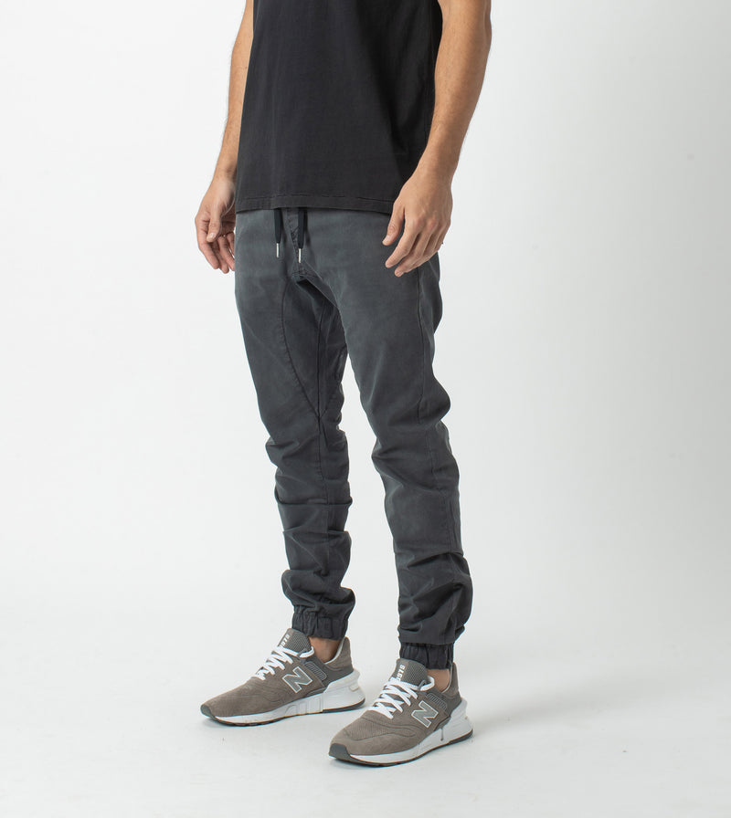 Sureshot Lightweight Jogger GD Black