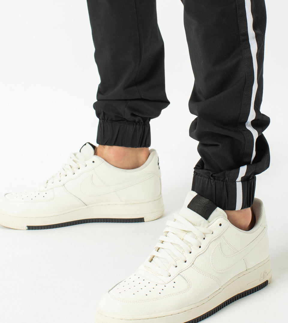 Sureshot Sideline  Lightweight Jogger Black/White