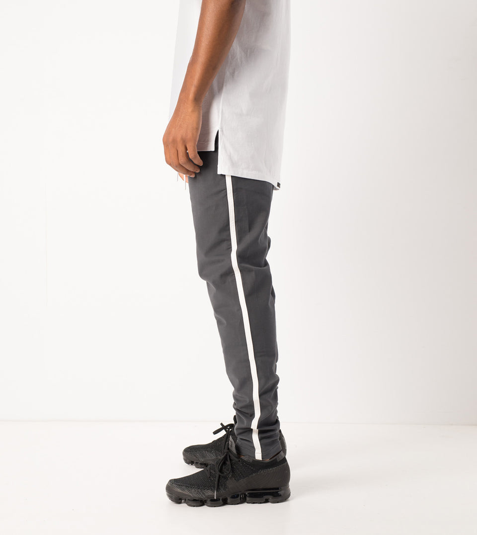 Jumpshot Track Pant Vintage Black - Sale