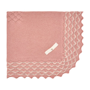 Rose Scalloped Blanket