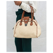 Load image into Gallery viewer, Pic-Nick Shoulder Bag Cream - Broke Mate