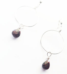 Ysabeau's Teardrop Garnet Earrings