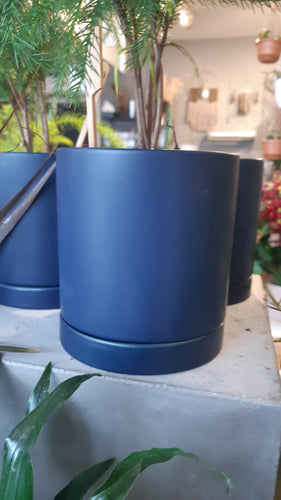 Ceramic Pot with Drainage