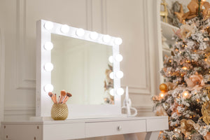 Hollywood mirror, vanity mirror Toronto, mirror for makeup on desk