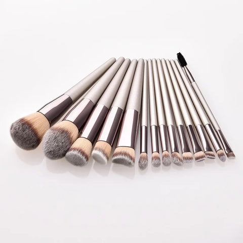 The Essentials 14 Piece Brush Set