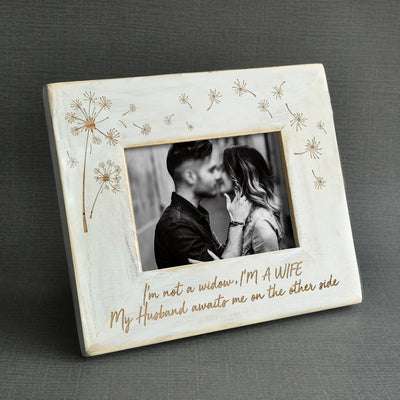 WIDOW - I'M A WIFE - WOOD FRAME