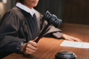 How to become a court interpreter