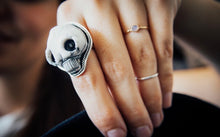 Load image into Gallery viewer, Porcelain Clay Skull Ring