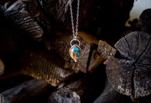Load image into Gallery viewer, Spiny Oyster Turquoise Necklace