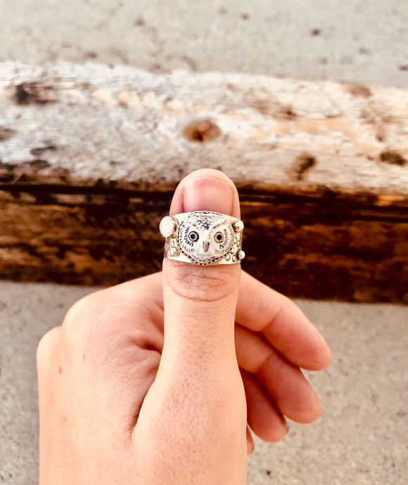 Porcelain Owl Ring - Custom Sizing