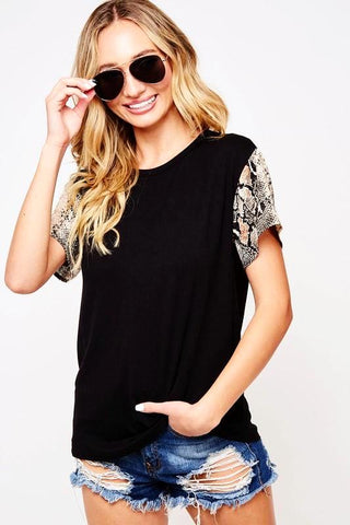 Black Solid T-Shirt with Snake Print Short Sleeve