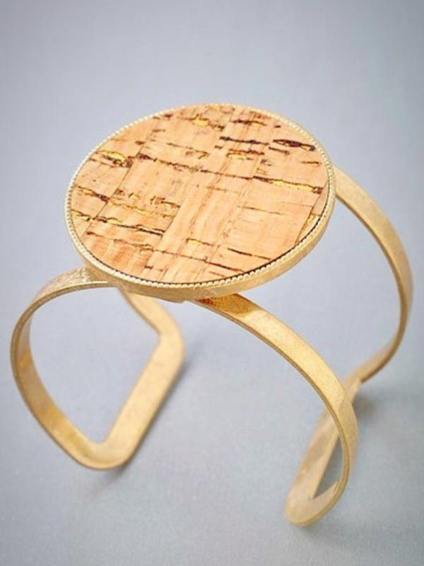 Large Circle Cork Open Cut Bracelet