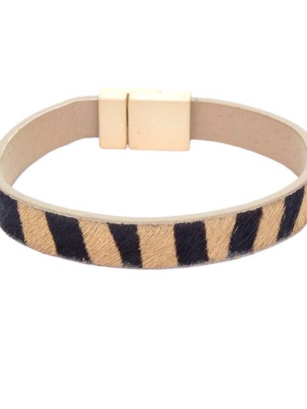 Topaz Zebra Leather Magnetic Bracelet