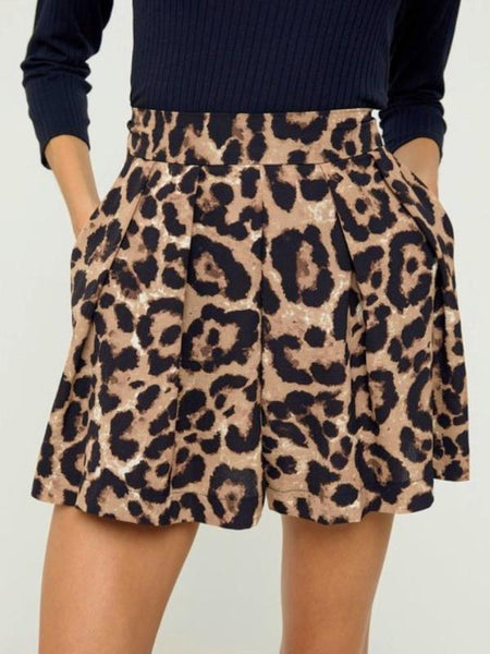 Leopard Pleated Shorts