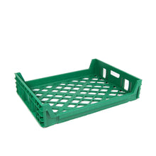 Green bread tray, stores 15 loafs, front 3/4 view