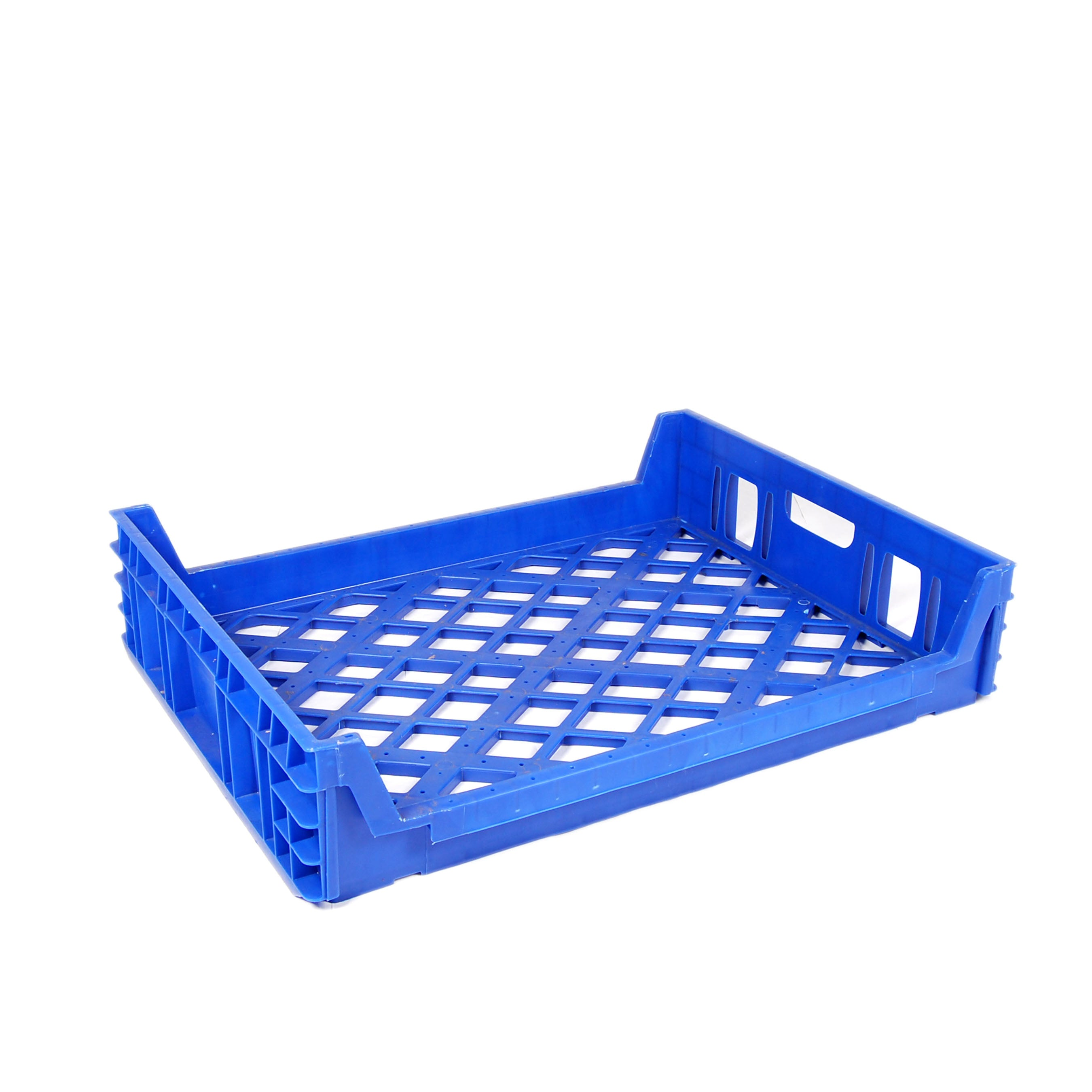 Blue bread tray, stores 15 loafs, front 3/4 view