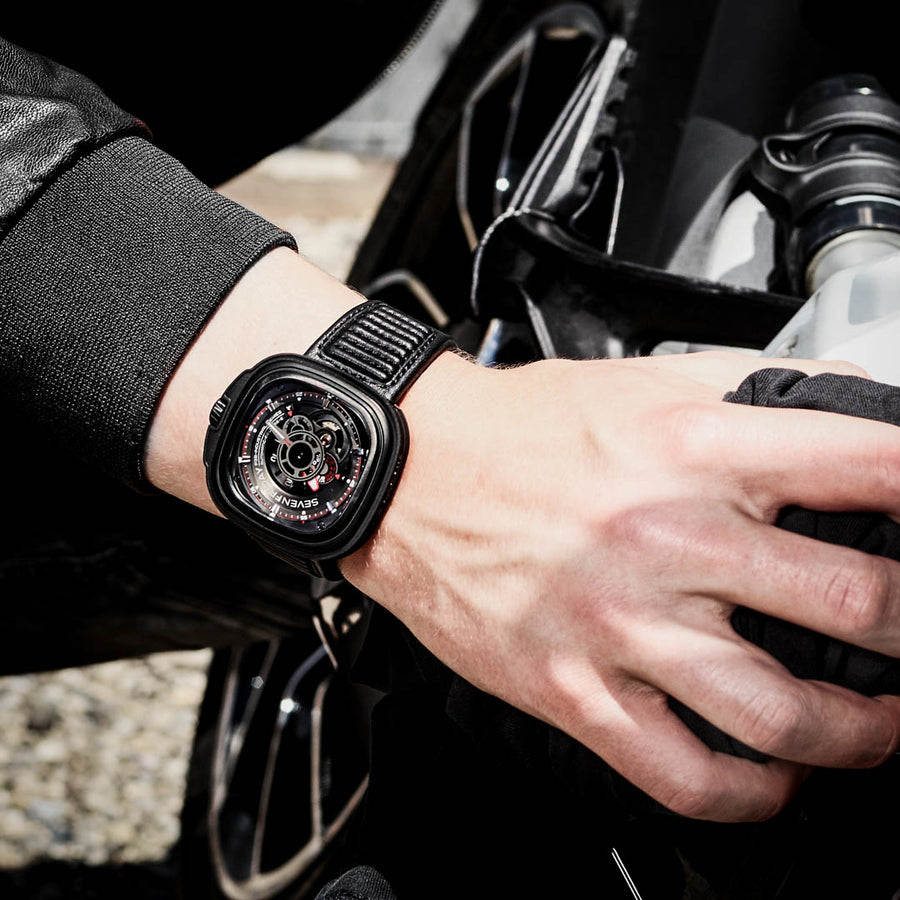 SEVENFRIDAY P3B/01 : RACER II - The Independent Collective Watches