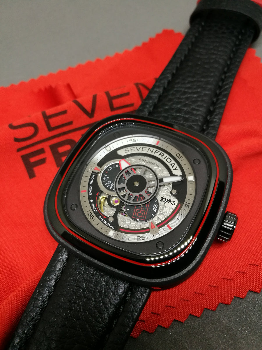 SEVENFRIDAY P1B/10 MAD LIMITED EDITION : last one! - The Independent Collective Watches
