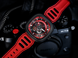 SEVENFRIDAY P3B/06 Racing Team RED