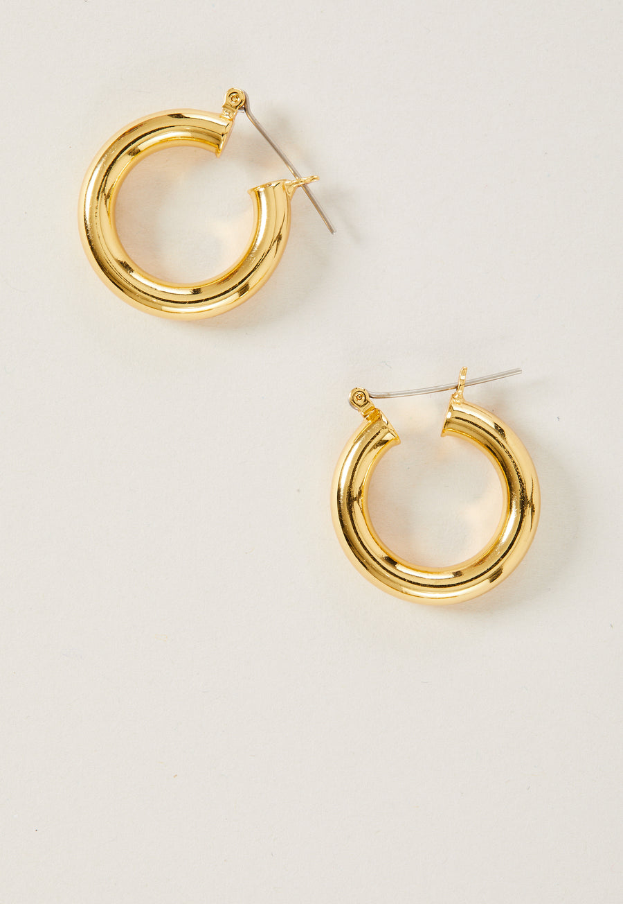 Circle Hoop in Gold