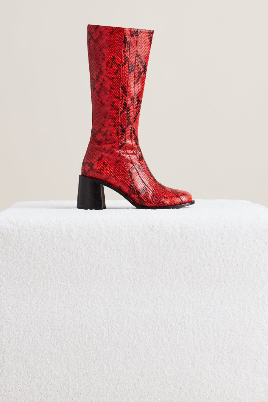 Mojo Boot in Tango Red